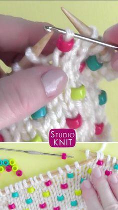 Knitting Basics, Easy Knitting Patterns, Knitting Videos, Loom Knitting, Knitting Projects, Knitting Designs, Knit Or Crochet, Crochet Crafts, Diy Crafts