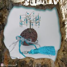"""Visit our internet site for even more information on """"metal tree wall decor"""". It is actually an exceptional location to learn more. Painting Shower, Popular Crafts, Metal Tree Wall Art, Tree Wall Decor, Colorful Wall Art, Tree Sculpture, Candle Stand, Thinking Outside The Box, Decorate Your Room"""