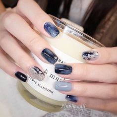 What Christmas manicure to choose for a festive mood - My Nails Shellac Nail Designs, Gel Nail Art, Nail Art Designs, Nail Polish, Elegant Nail Art, Pretty Nail Art, Cute Nail Art, Classy Nails, Stylish Nails