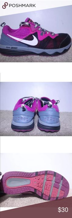 Nike size 7 Dual Fusion trail running shoes Used in very good condition Nike Shoes Sneakers