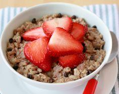 Hungry Girl's Choco-Berry Oatmeal