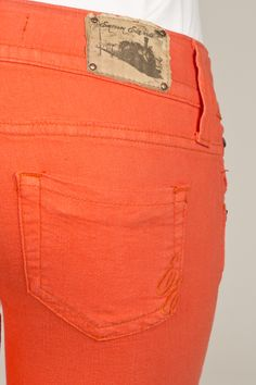 Vault Denim Online Jean Party - Women's Color – EE05PSO  Looking for a pair of jeans to wear to games this season???