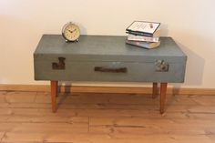 Couchtisch / Sideboard vintage Koffer Shabby, Industrial, Suitcase, Diy, Vintage Suitcases, Vintage Table, Repurpose, Nightstand, Crate