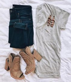 Oatmeal tee skinnies and tan booties super cute casual