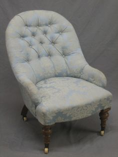 victorian nursing chair Chair Upholstery, Upholstered Chairs, Nursing Chair, Chair Covers, Chair Design, Accent Chairs, Armchair, Victorian, Design Ideas