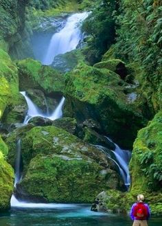Beautiful Mackay Falls – New Zealand