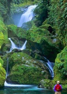 Beautiful Mackay Falls – New Zealand