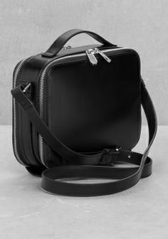 Perfect minimalist bag from & other stories.