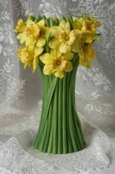 Jonquil Daffodil Table Vase