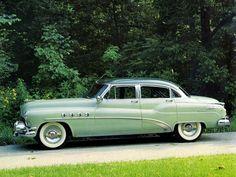 1952 Buick Roadmaster Riviera Sedan