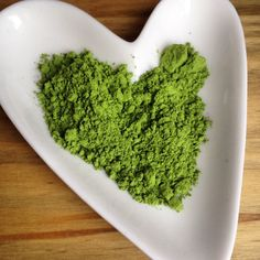 Why you should drink matcha green tea | POST by Elite Member @lyliarose | http://www.pickablogger.com/blog-posts/why-you-should-drink-matcha-green-tea | #fdbloggers #GreenTea #dreammatcha #review