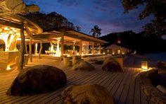High-End-Luxus-Retreat - North Island Villa, Seychellen Cabana, Ocean Beach Resort, Island Villa, Dream Vacation Spots, Luxury Villa Rentals, Beach Villa, Island Resort, Resorts, House Design