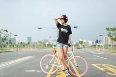 FIXED GEAR GIRL TAIWAN: fixie girl taiwan ♥ - Han Lee