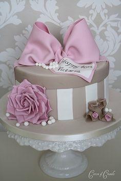 Gift box cake by germex73