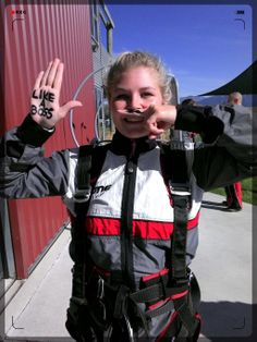 Skydive just like a BOSS! Drop Zone, Paragliding, Skydiving, Like A Boss, Tandem, North Face Backpack, Moustache, Take That, Nice