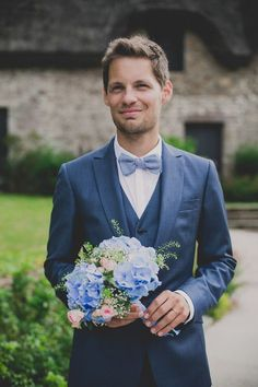 blue groom suit ~ we ❤ this! moncheribridals.com