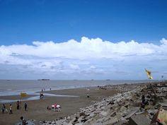 Bangladesh Explorer: Patenga Sea Beach