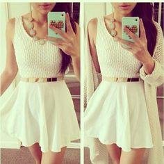 #look#vestido#withe#lã#cinto#dourado#perfect
