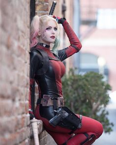 Персонаж: Harley Quinn/Deadpool Фэндом: DC/Marvel Косплеер: Jessica: Maid Of Might (inst: maidofmight) Deadpool Cosplay, Harley Quinn Cosplay, Lady Deadpool, Marvel Comics Superheroes, Marvel Dc, Marvel Girls, Captain Marvel, Dc Comics, Amazing Cosplay