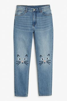 <p>High-waisted, '90s fashion dream jeans. Classic cotton with a (slightly) tapered leg for the most on-point, throwback denims. <br /> •&nb