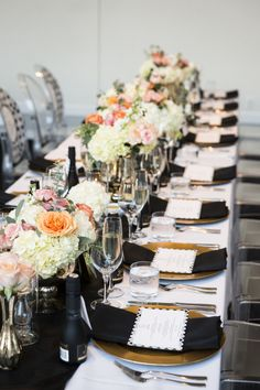 We may only be two days into 2015 but I'd bet my bottom dollar that this bouquet will be one of the best of the year. Paige Lewis Events coordinatedand designed this entire celebration, from the florals to the cake, and