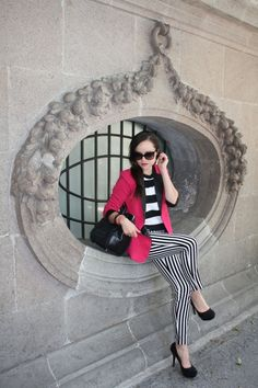 Black & White fashion with fuschia pink blazer