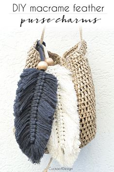 Macrame Feather Purse Charms Diy Bag and Purse diy purse making Pot Mason Diy, Mason Jar Crafts, Bottle Crafts, Macrame Purse, Diy Purse Tassel, How To Make Purses, How To Make Diy, Diy Accessoires, Diy Bags Purses