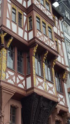 Frankfurt, Mansions, House Styles, Home Decor, Decoration Home, Manor Houses, Room Decor, Villas, Mansion