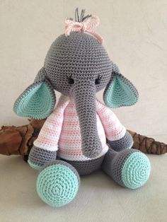 Image gallery – Page 736338607803851339 – ArtofitThis is so cute,hope I can make it!Crochet with cotton, so can be washed at 60 degrees if necessary. Crochet Animal Patterns, Stuffed Animal Patterns, Crochet Animals, Amigurumi Patterns, Doll Patterns, Crochet For Kids, Crochet Baby, Free Crochet, Crochet Elephant