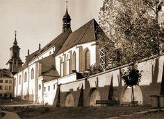Dominikański #klasztor przy ul. Freta w sepii. #warszawa #warsaw #dominikanie