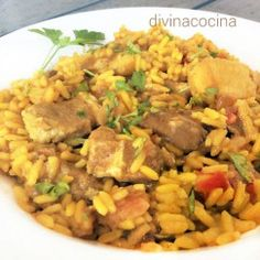 arroz-campero Rice Recipes, Mexican Food Recipes, Chicken Recipes, Ethnic Recipes, Spanish Tapas, Spanish Food, Quinoa, Rice Dishes, Mediterranean Recipes