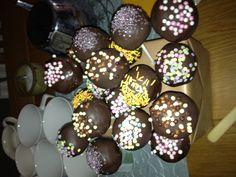 Cake pops Cake Pops, Cakes, Desserts, Food, Meal, Cakepops, Deserts, Essen, Hoods