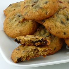 Nestle Toll House Chocolate Chip Cookies - Food Stories Blog