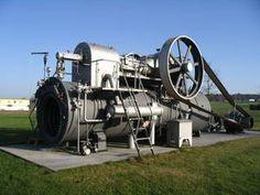 A Steam Engine (c) Wassily @ wikimedia