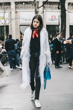 PFW-Paris_Fashion_Week_Fall_2016-Street_Style-Collage_Vintage-Miu_Miu-Leandra_Medine-Bandana-
