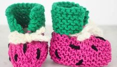 EASY Watermelon Baby Booties Knitting Pattern - Gina Michele - Lilly is Love Baby Booties Knitting Pattern, Baby Boy Knitting Patterns, Knit Baby Booties, Crochet Patterns, Booties Crochet, Baby Patterns, Knitting For Charity, Free Knitting, Knitting Stiches