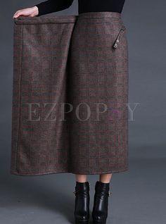 Shop Vintage Slit Asymmetrical Slim Skirt at EZPOPSY. Vintage Rock, Vintage Skirt, Vintage Dresses, Skirt Outfits, Dress Skirt, Slit Skirt, Midi Skirt, Fashion Mode, Fashion Outfits