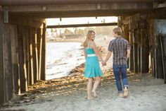 Best Casual Engagement Photos I The SnapKnot Wedding Blog @Leah Valentine #beach