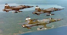A Wolf Pack of Canadian Freedom Fighter from Canadian Force Ba e Cold Lake, in Alberta, Canada. Aircraft Parts, Fighter Aircraft, Fighter Jets, Military Jets, Military Aircraft, Iran Air, Canadian Army, Freedom Fighters, Jet Plane