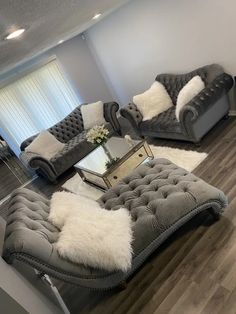 Cute Living Room, Decor Home Living Room, Living Room Designs, Bedroom Decor For Teen Girls, Room Ideas Bedroom, Home Bedroom, Tapete Gold, First Apartment Decorating, Apartment Ideas
