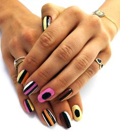 u dont need a man. u need a manicure.™ Jessica's inspiration was Bassett Licorice, my favorite candies! Love Nails, Fun Nails, Pretty Nails, Nail Art For Girls, Girls Nails, Tumblr Nail Art, Liquorice Allsorts, Favorite Candy, Beautiful Nail Art