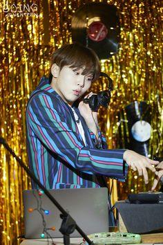 [V+GOING] GOING SEVENTEEN 2020 EP.47 BEHIND CUT | GOING #2 Mingyu, Seventeen Going Seventeen, Seventeen Album, Hoshi, Hip Hop, Boo Seungkwan, Solo Photo, Vernon Hansol, Joshua Hong