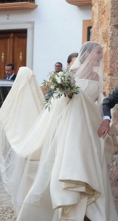 Inside the wedding of Lady Charlotte Wellesley, a descendant of Queen Victoria, and Alejandro Santo Domingo.