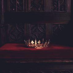Gorgeous short story by somebody Red Aesthetic, Character Aesthetic, Narnia, Yennefer Of Vengerberg, Or Noir, Les Cascades, Harry Potter Aesthetic, Hogwarts Houses, Chivalry