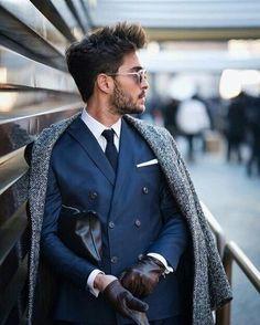 "265 gilla-markeringar, 2 kommentarer - Pitti Uomo (@pitti_uomo_) på Instagram: ""#style #fashion #wear #menfashion #bileklik #menstyle #menswear #ootd #suit #suitandtie #gentlemen…"""