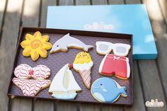 """""""Todos a la playa"""" Diseño propio que encontrarás en: http://www.galletea.com/galletas-decoradas/"""