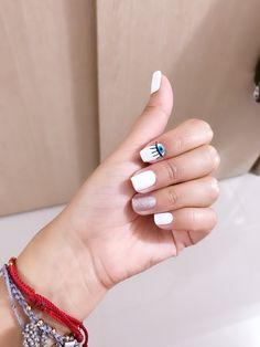 Ojo Turco 👌🏼 Trendy Nails, Cute Nails, Neutral Nail Art, Magic Nails, Nail Time, Gelish Nails, Beauty Book, Dream Nails, Birthday Nails