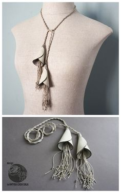 DIY Lily Flower Tassel Necklace Tutorial by Glòria Fort Mir for L'Antiqa Casa Sala. This is an easy DIY made of leather, linen yarn and small round metal balls. I used Chrome to translate but there are photos for each step.