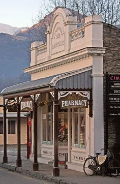 ARROWTOWN  has retained and restored the unique character of many of the older buildings, South Island, NZ.