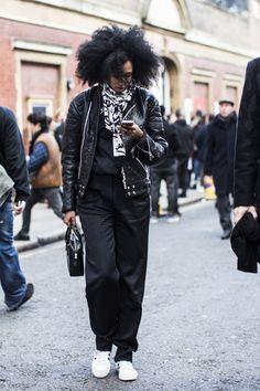 Julia Sarr-Jamois - London Fashionweek day 1 | A Love is Blind